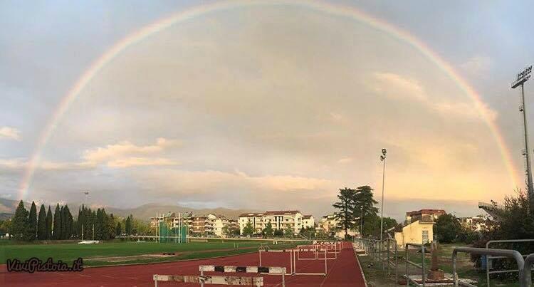 Campo scuola Pistoia con arcobaleno