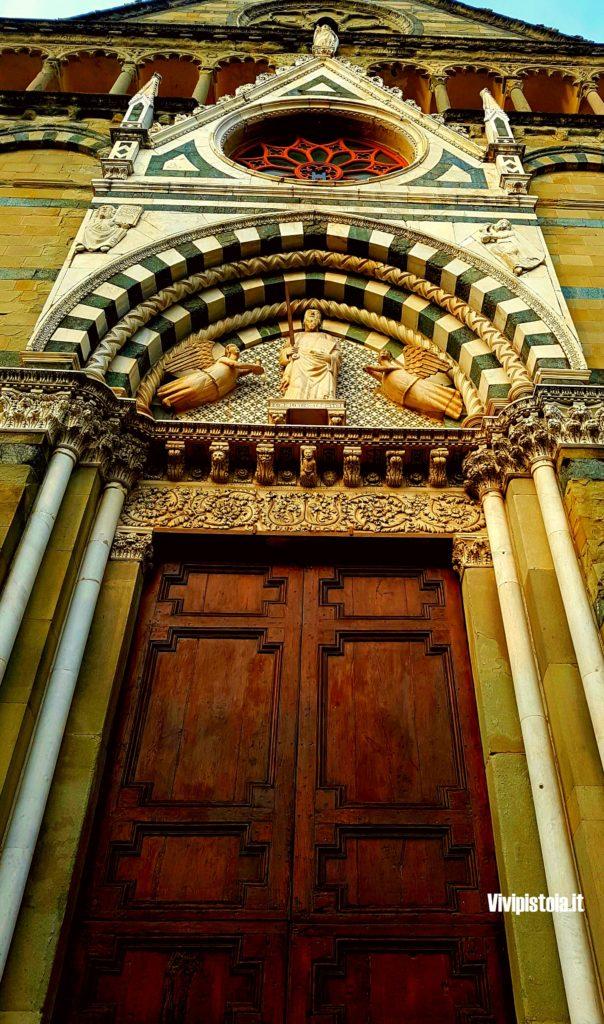 Portale della chiesa
