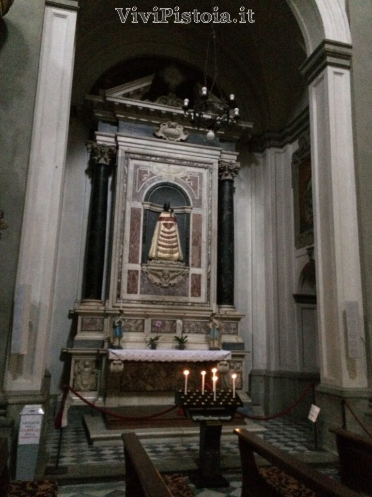 Interno chiesa Spirito Santo Pistoia