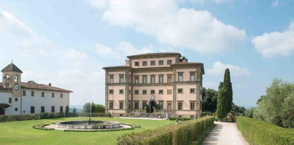 Veduta frontale della Villa Rospigliosi