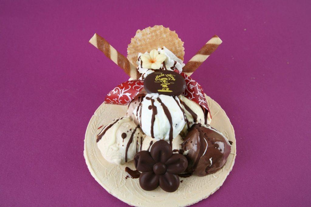 Cialda di Montecatini con gelato