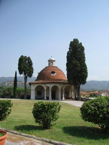 Fronte della cappella